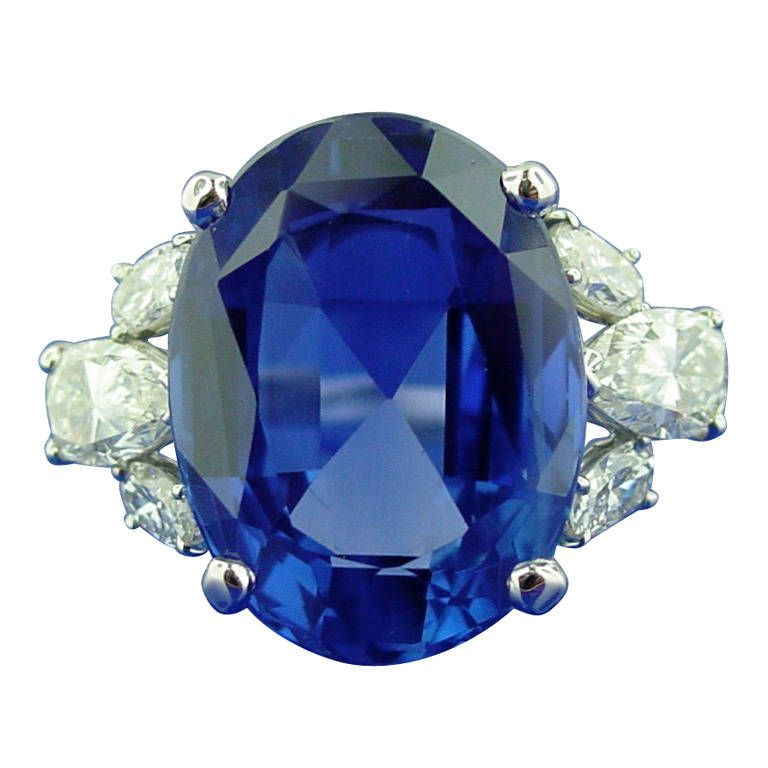 gni new gemology madagascar heat s blue rough from unheated treating sapphires a gemnews sapphire gems figure deposit near spring andranondambo