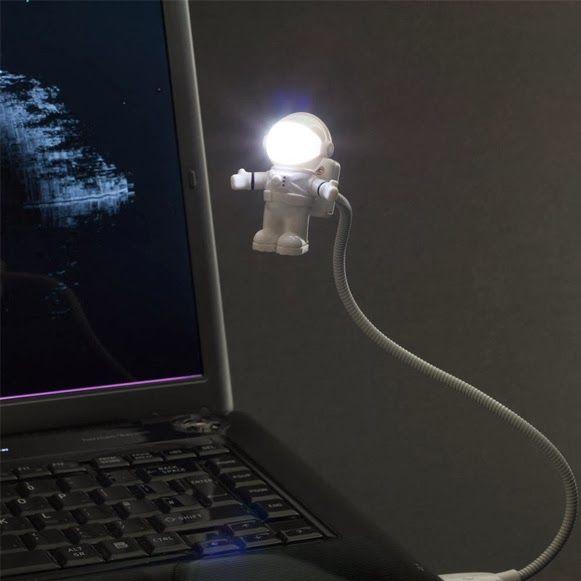 Astronauta iluminado