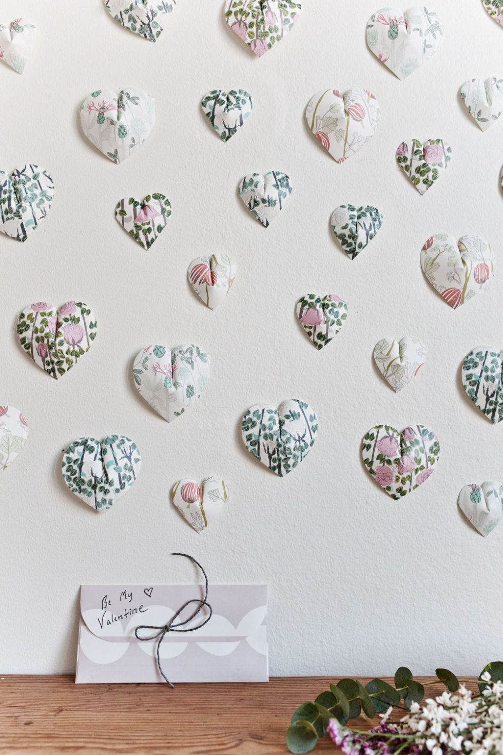 Create This Pretty Paper Heart Wall Hanging In 6 Easy Steps