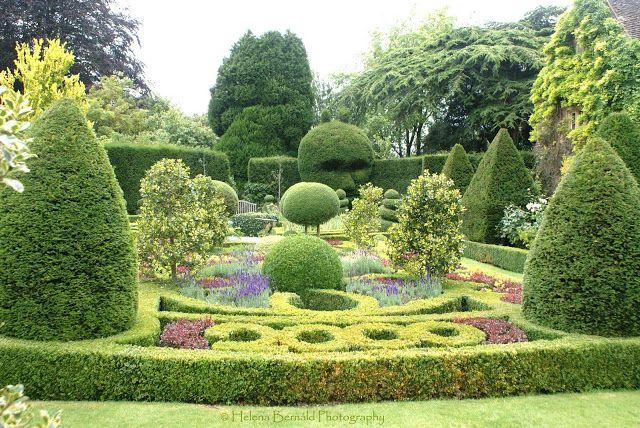 The Swenglish Home Backyard Garden Pallets Garden Small Backyard Gardens