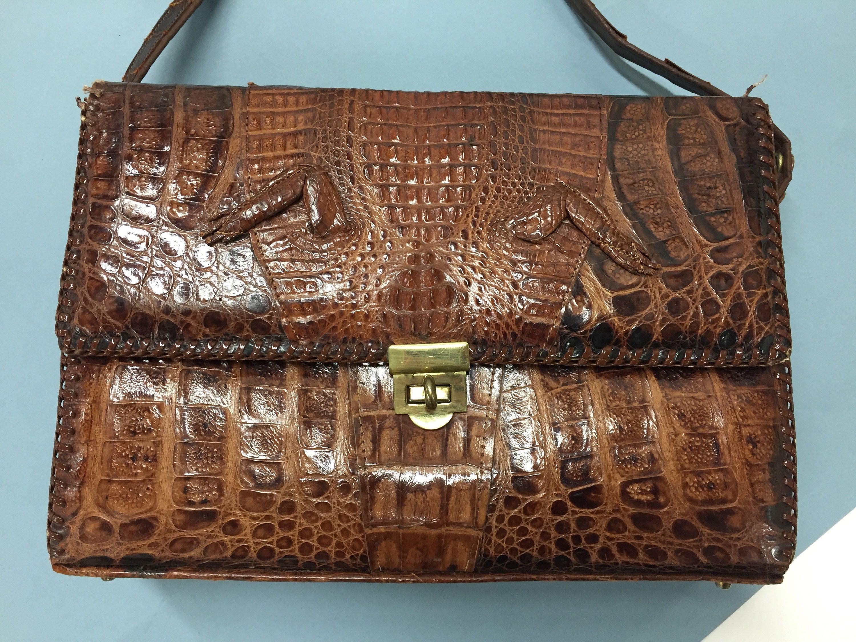 3e740e0fc7 Genuine Alligator Vintage Handbag- Vintage Shoulder Bag- Alligator Purse by  EBMNewhaven on Etsy  VintageLeatherHandbags  LeatherHandbagsRustic