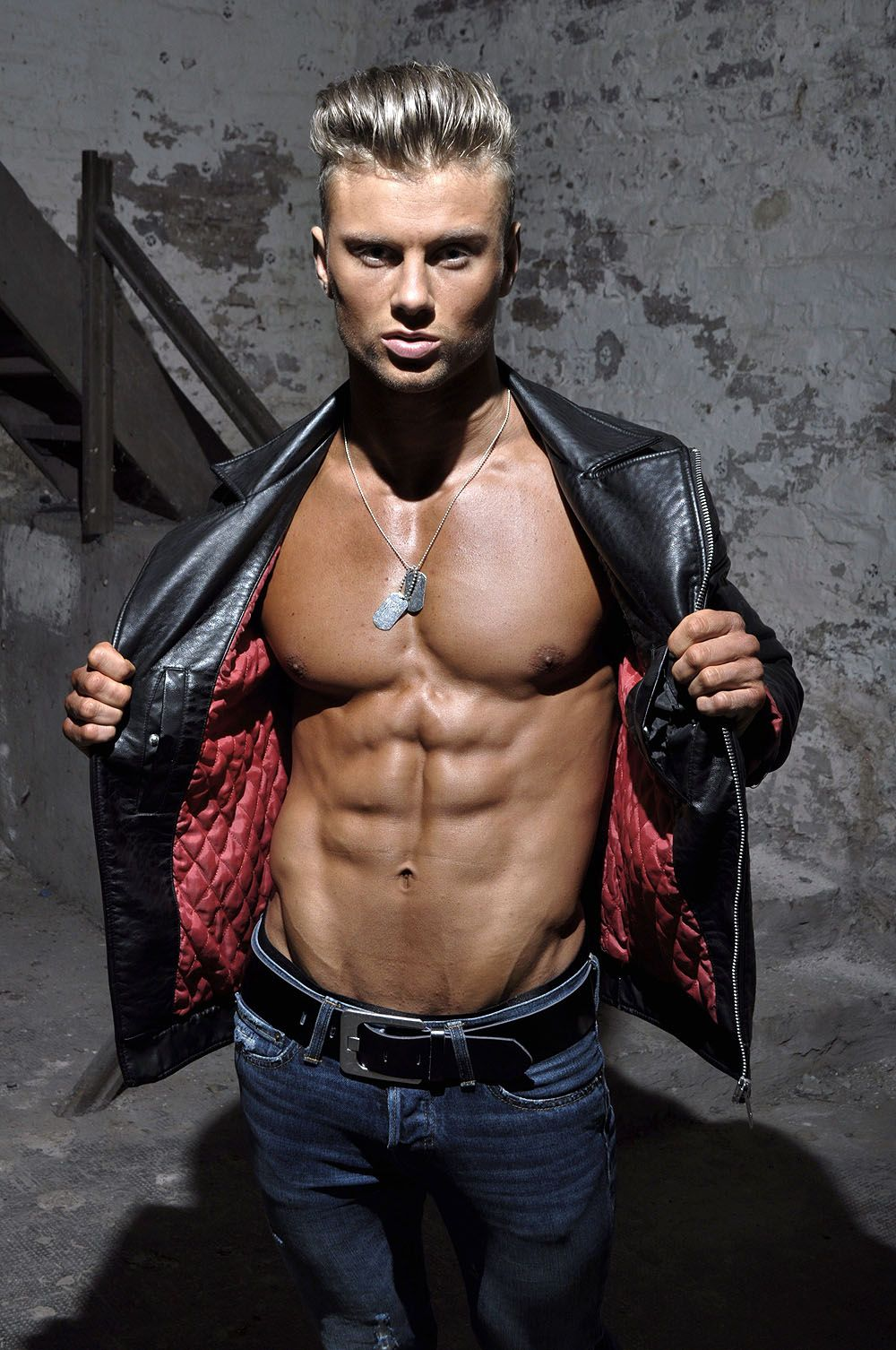 TeeJott-Fitness-Model Blacksupps by TeeJott 2015; more ...