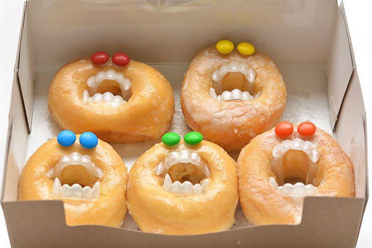 Halloween Monster Donuts #halloweenbreakfastforkids