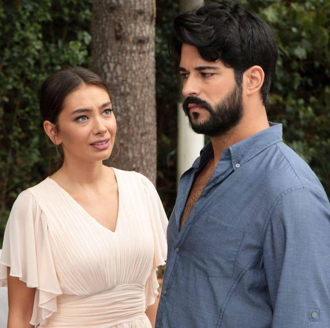 3 Me Gusta 0 Comentarios Series Series Espanol1 En Instagram Kara Sevda Karasevda Amoreterno Amor Eterno Seriestur In 2020 Kara Actors Celebrities