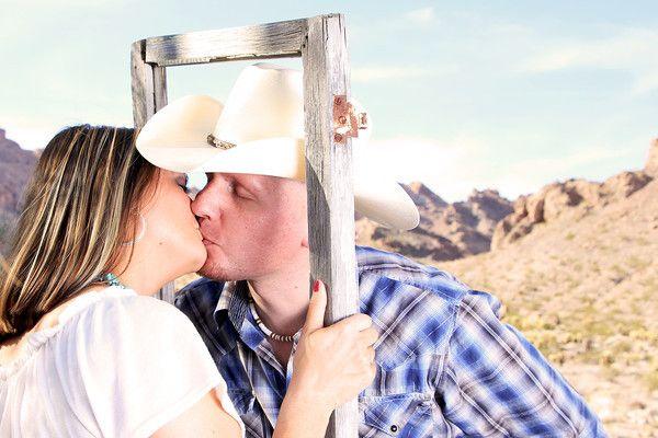 Engagements - VIVA WEDDINGS PHOTO BOUTIQUE