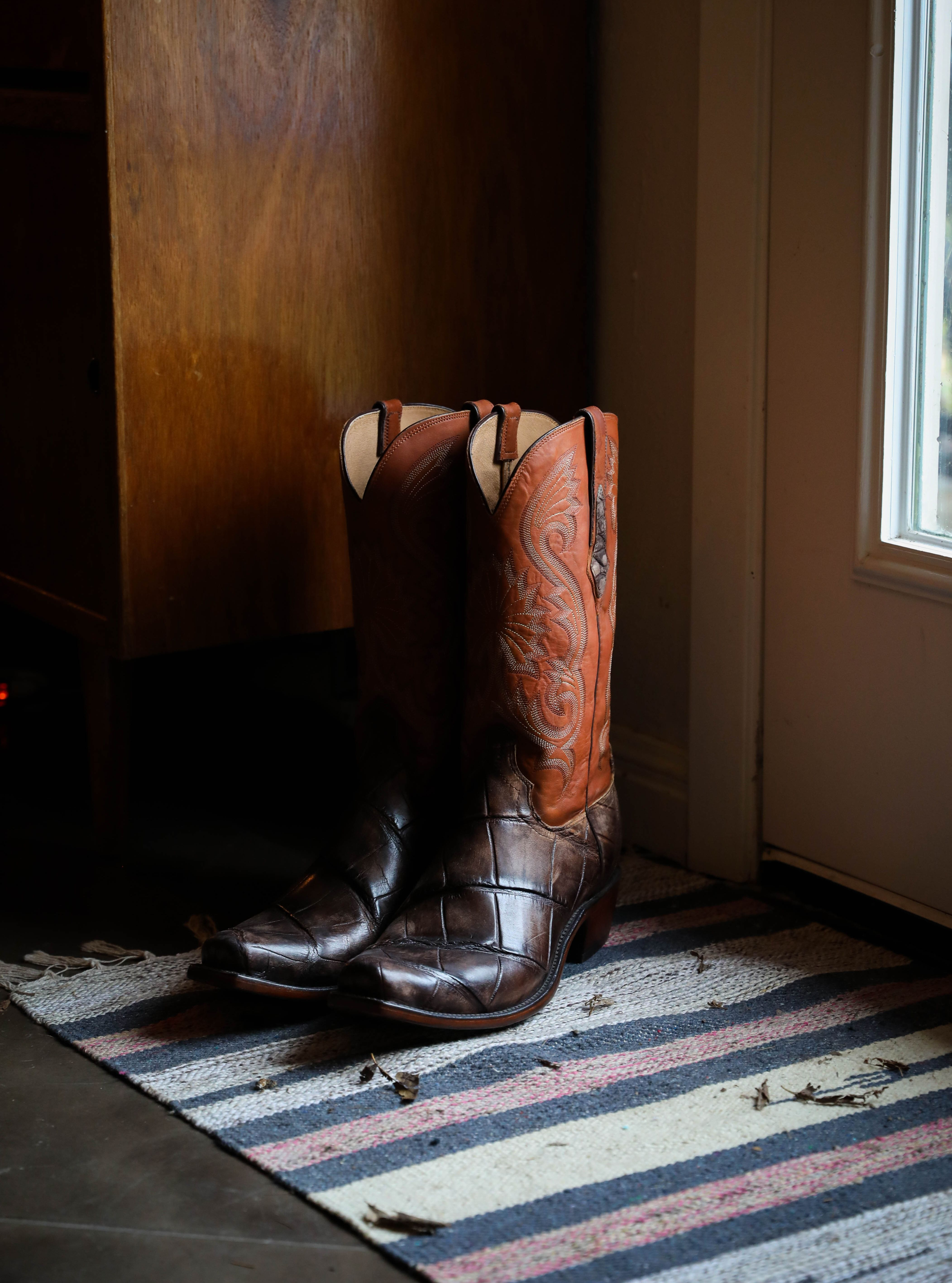 4b909134462 Men's Lucchese Giant Gator/Co Jersey Boots Antique Chocolate #N1185 ...