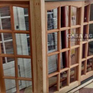 Ventanas de madera aberturas en madera ventana de cedro for Ventanas de madera precios en rosario