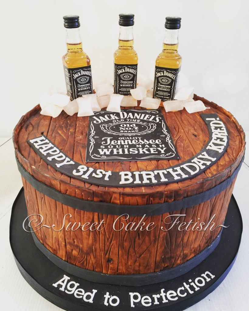 Jack Daniels Theme Cake Birthday cake beer, Beer themed