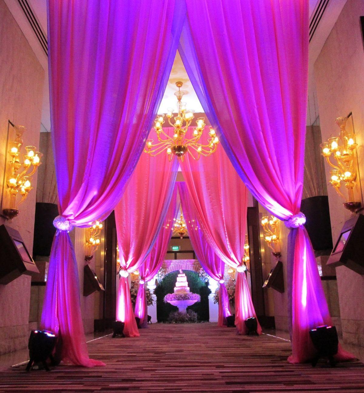 Modern Wedding Backdrop Ideas: Wedding Reception Backdrop