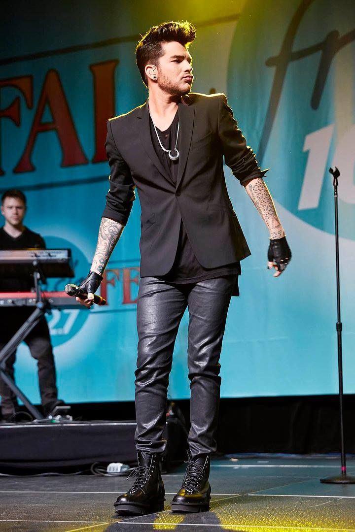 10/08/15 Adam Lambert performing at Fresh Fall Fest