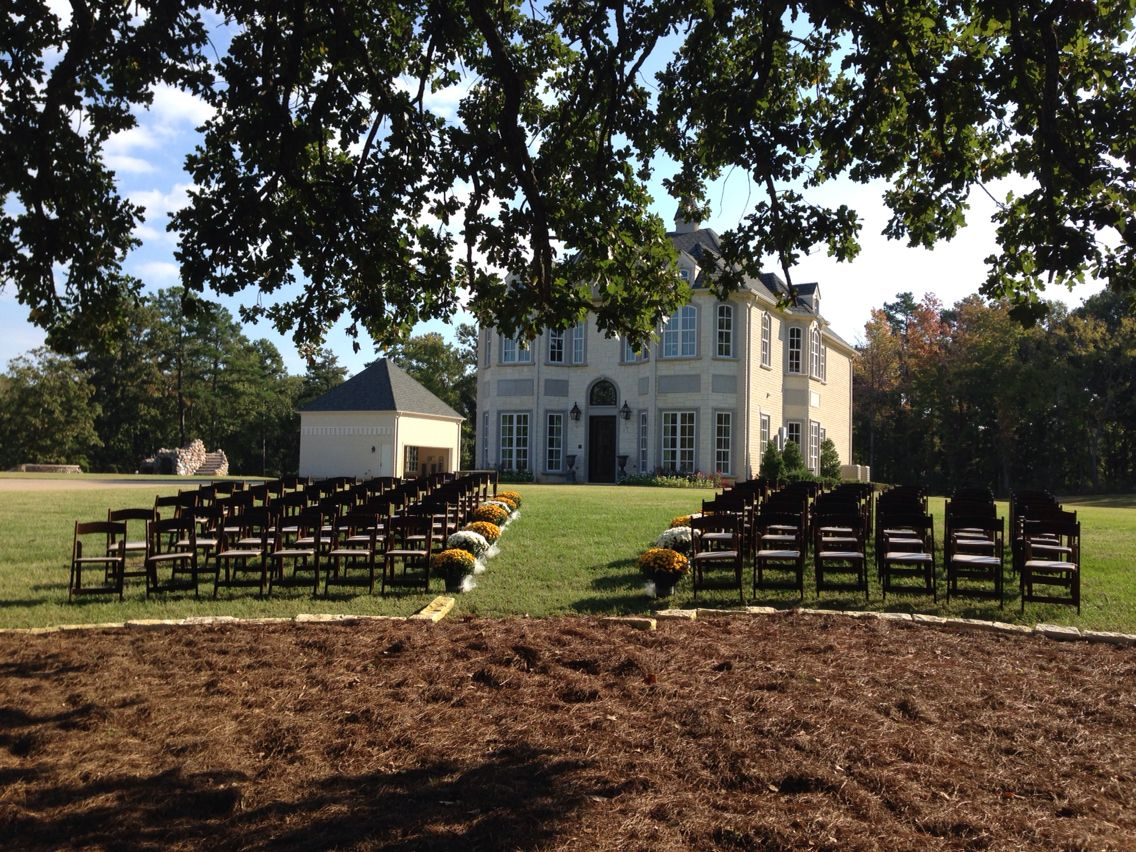Perfect weather this weekend for this beautiful wedding at