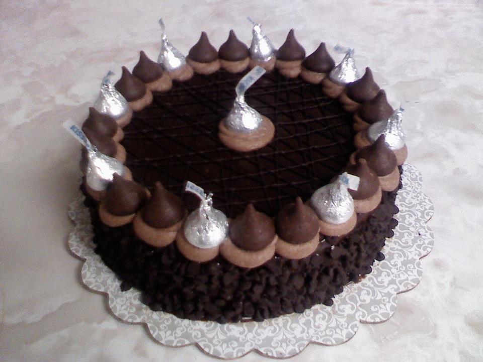 hershey kiss cake think sweet cakes by trisha