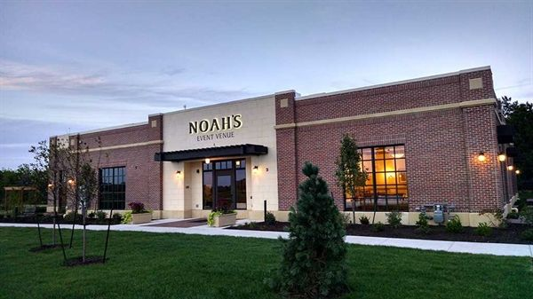 Noah S Event Venue Wichita Ks Wedding