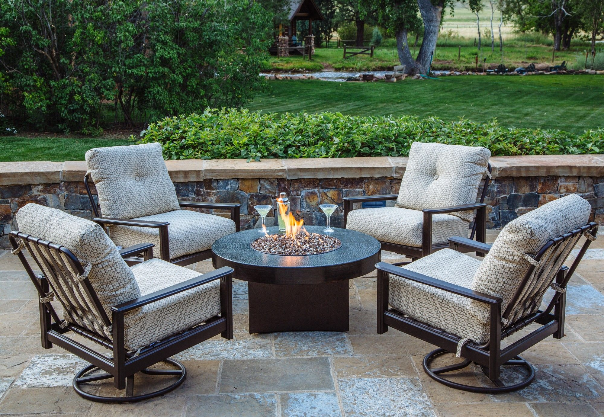 Oriflamme Gas Fire Pit Table Hammered Copper Somber Fire