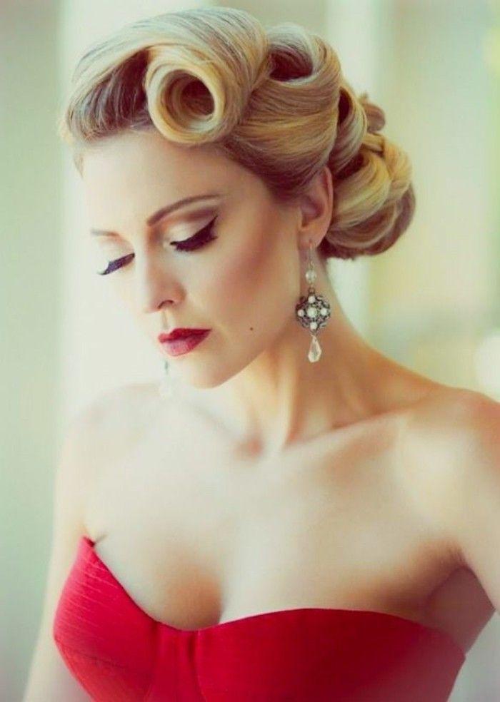 Elegante Rockabilly Frisuren Blond Hochgesteckte 50er Frisuren Vintage Frisuren Rockabilly Frisur Hochzeitsfrisuren