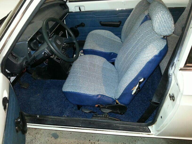 Peugeot 104  interieur