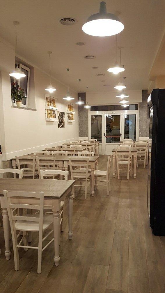 Arredo ristoranti pub pizzerie maieron snc www for Arredamenti ristoranti