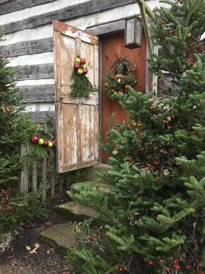 Pin by caro fort on Christmas Pinterest Cabin, Primitives and