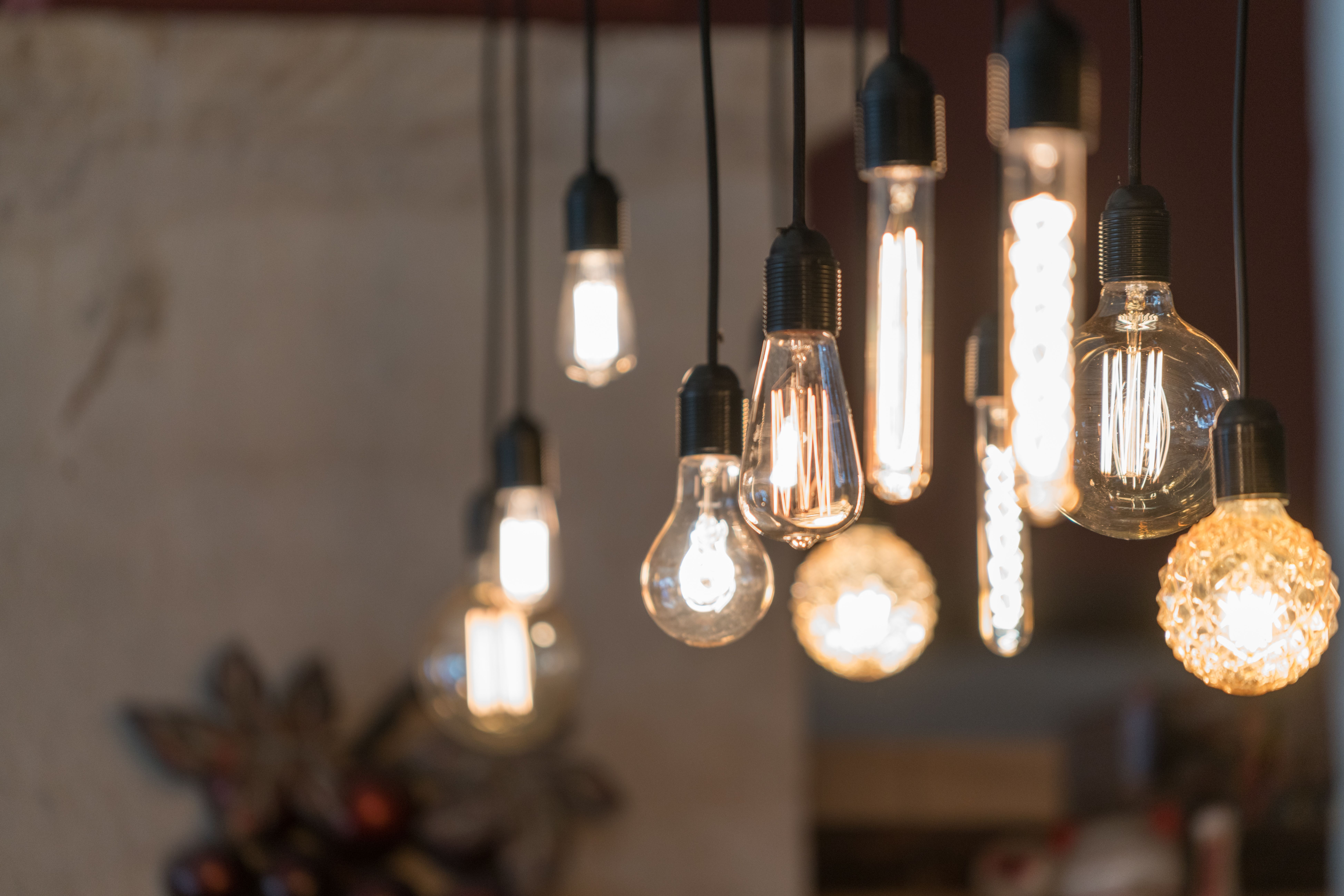 Daylight Vs Soft White Light Bulbs