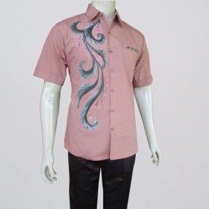 batik pria modern dalam berbagai model motif terbaru hem kerja lengan  pendek maupun kemeja pria lengan c5b9f302cc