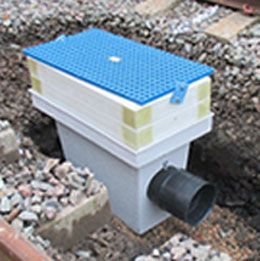 Aquafab supplies the rail industry a comprehensive range of cost effective  plastic drainage and railway geocomposites ground drainage systems in the UK.
