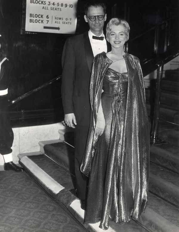 29 10 1956 Londres Empire Theater Divine Marilyn Monroe
