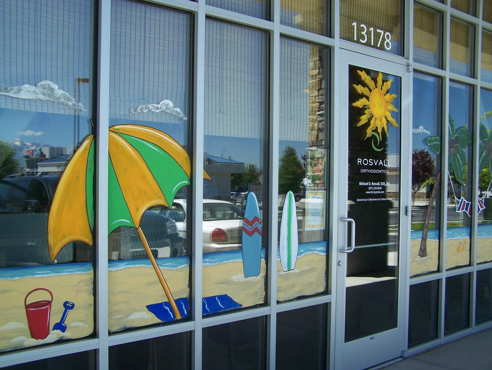 Seasonal Storefront Window Art By >> Artistic Murals Window Painting Seasons Spring Summer Fall Etc