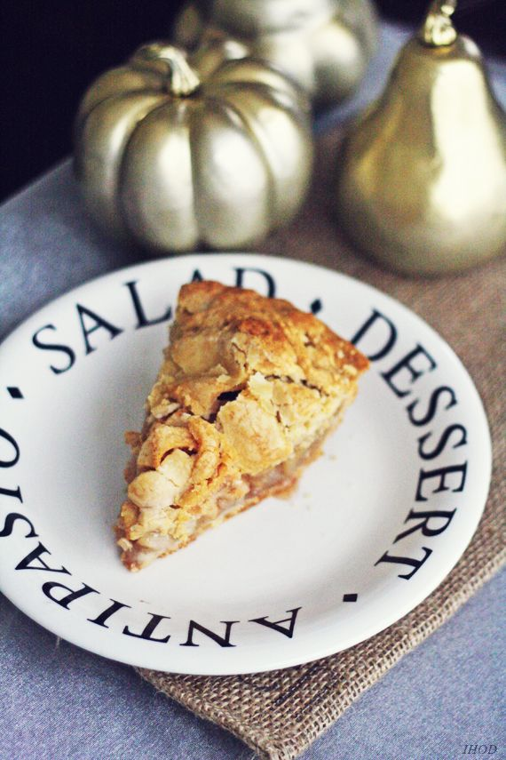 In Honor Of Design: Brown Bag Apple Pie Recipe