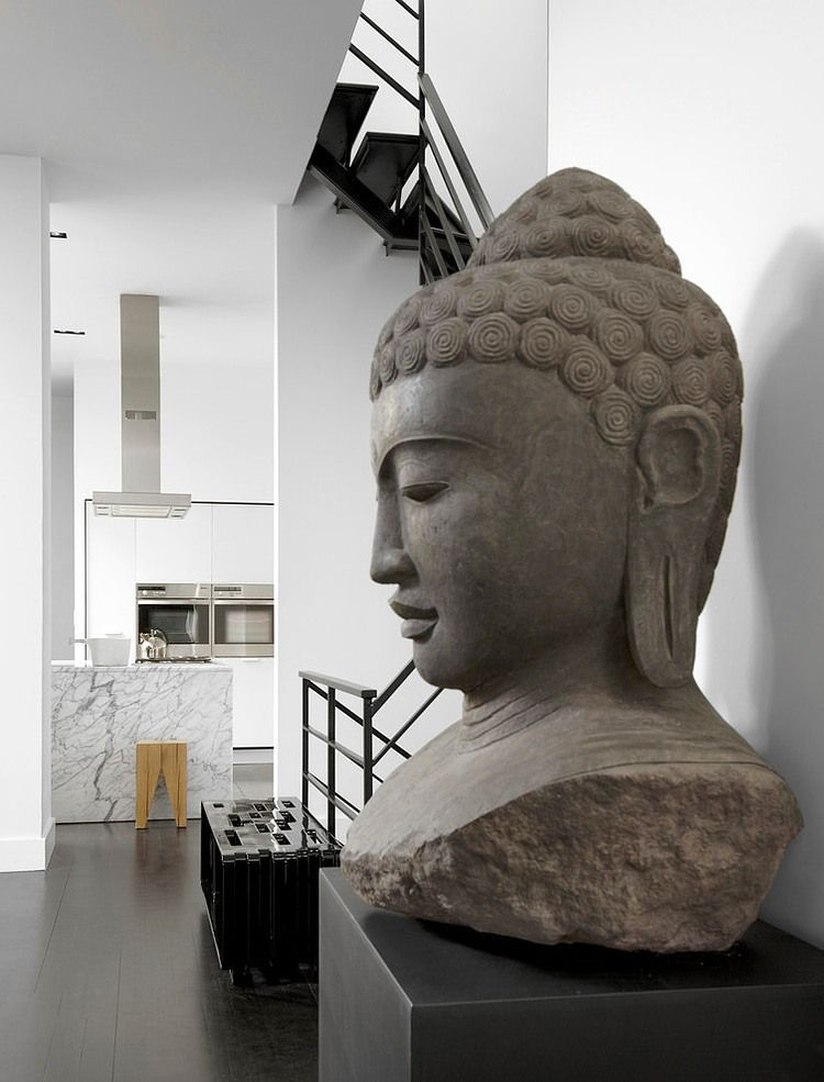 bouddha statue bouddha pinterest maison design. Black Bedroom Furniture Sets. Home Design Ideas