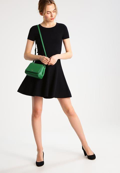 ca2cef70f8 J.LINDEBERG MONROE - Sukienka dzianinowa - black za 759 zł (06.05.17) zamów  bezpłatnie na Zalando.pl.