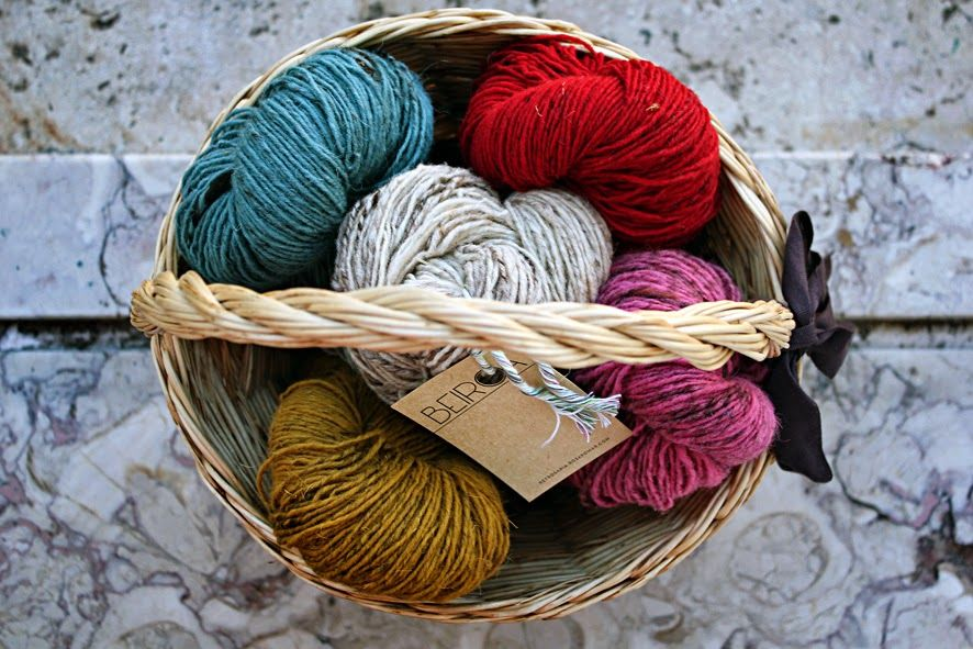 Eu não sou os outros: Crochet - lição nº 3 - as lãs
