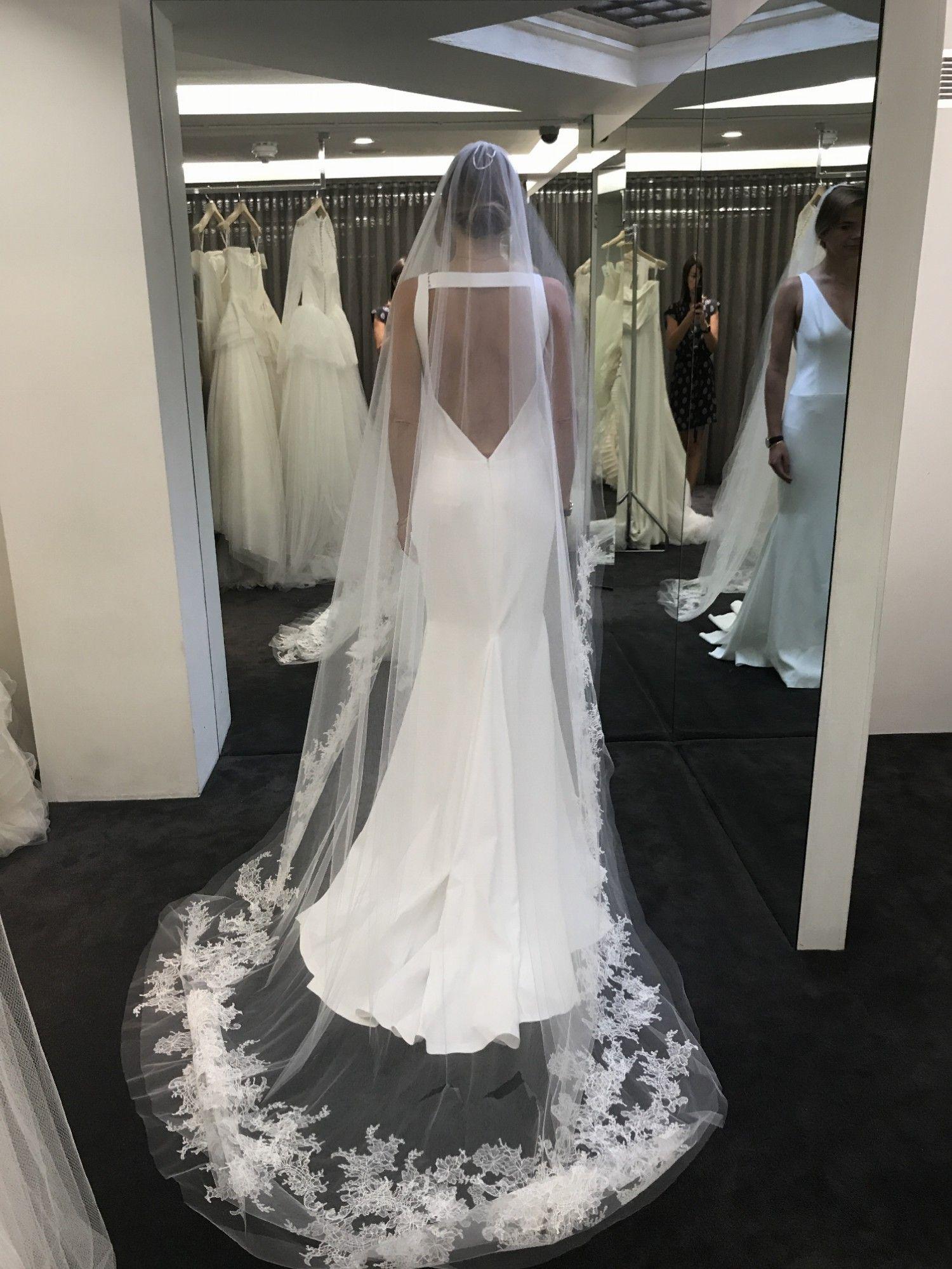 Vera Wang Michaela New Wedding Dress Save 53 Wedding Dresses Vera Wang Ball Gowns Wedding Wedding Dresses [ 1999 x 1500 Pixel ]