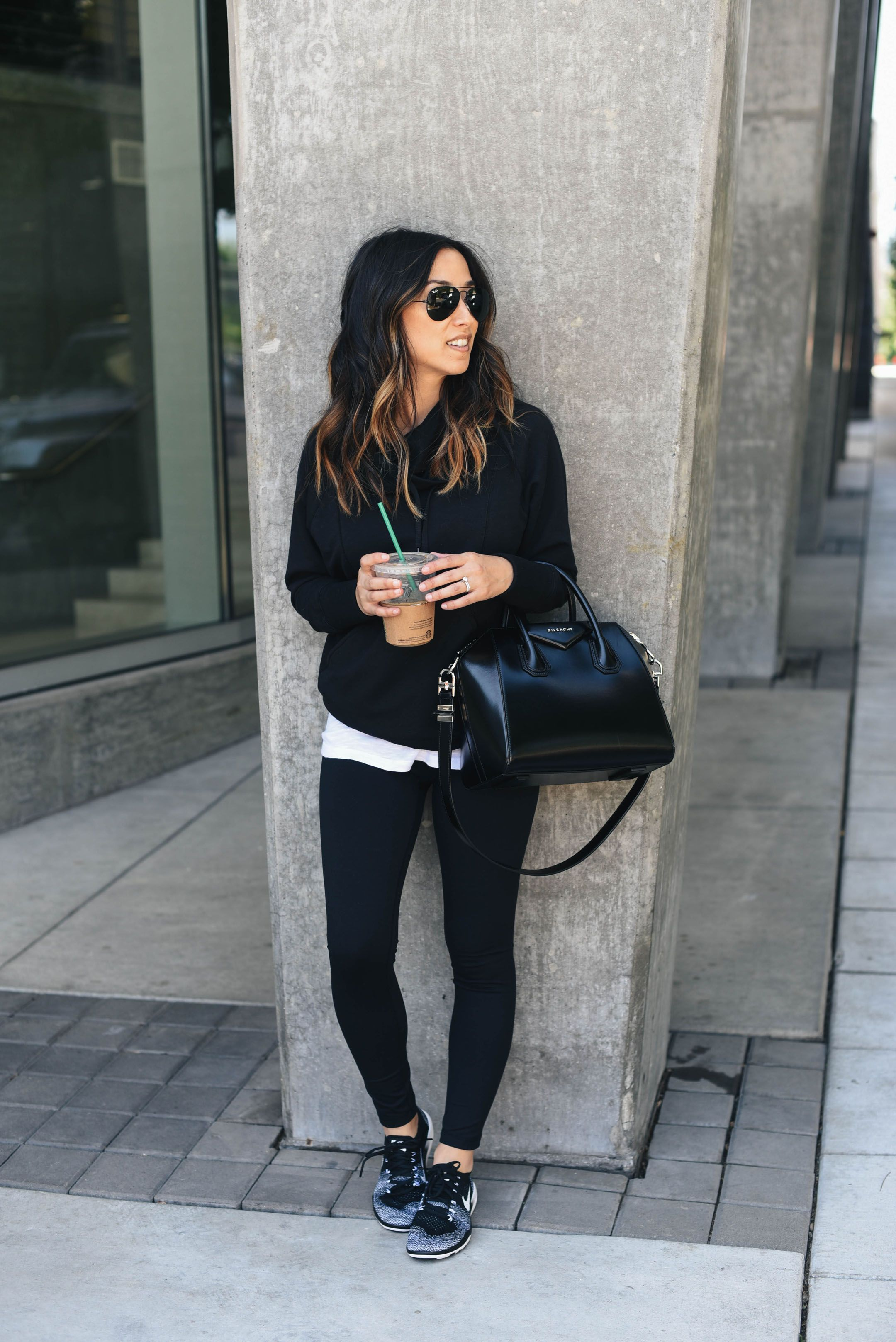 How To Pull Off Athleisure Wear + 30 Outfit Ideas Ρούχα