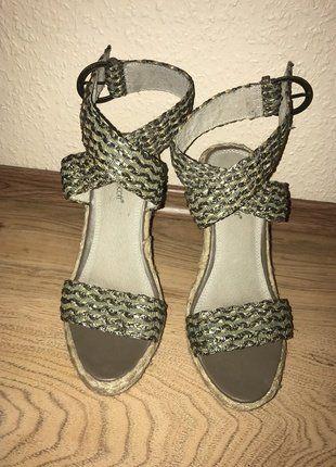 11f6990f6c Pin von ÖzgeK auf Kleiderkreisel | Schuhe damen, Damenschuhe und Schuhe