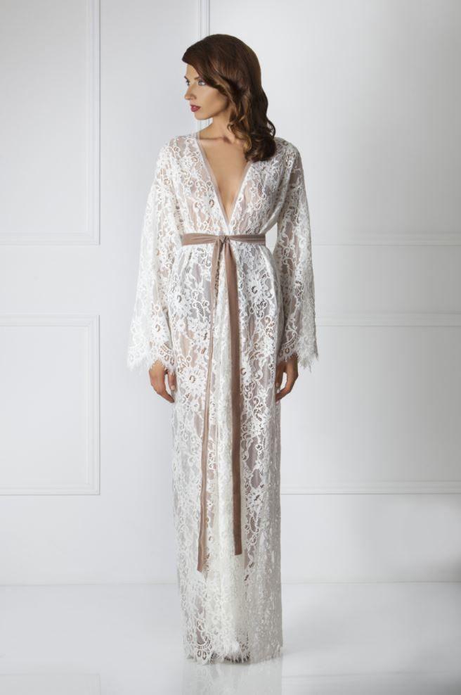 Amoralle white lace long kimono robe, 520€ (~£443 / ~$551) | White ...