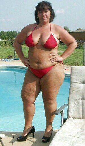 Big booty naked women