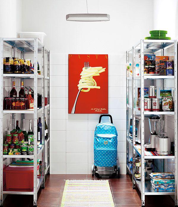 Le regole per organizzare la spesa in casa come riporre for Ripostiglio ikea