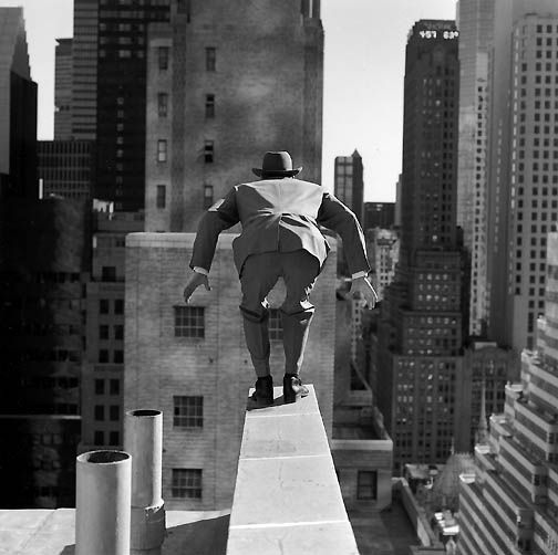 Rodney SMITH :: Alan Leaping from 515 Madison Ave, New York City, 1999