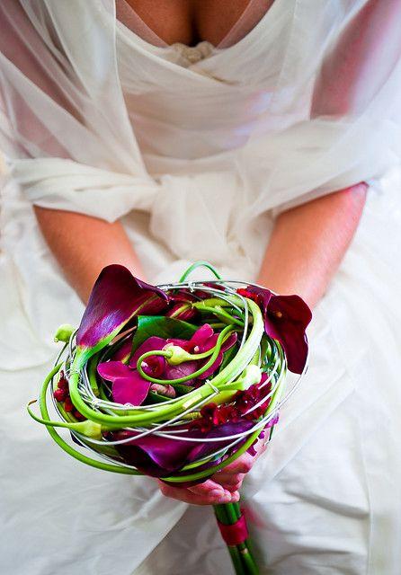 Bijzonder 'vogelnest' bruidsboeket met ronde lijnen