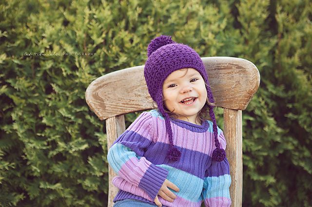 http://www.ravelry.com/patterns/library/star-stitch-earflap-hat