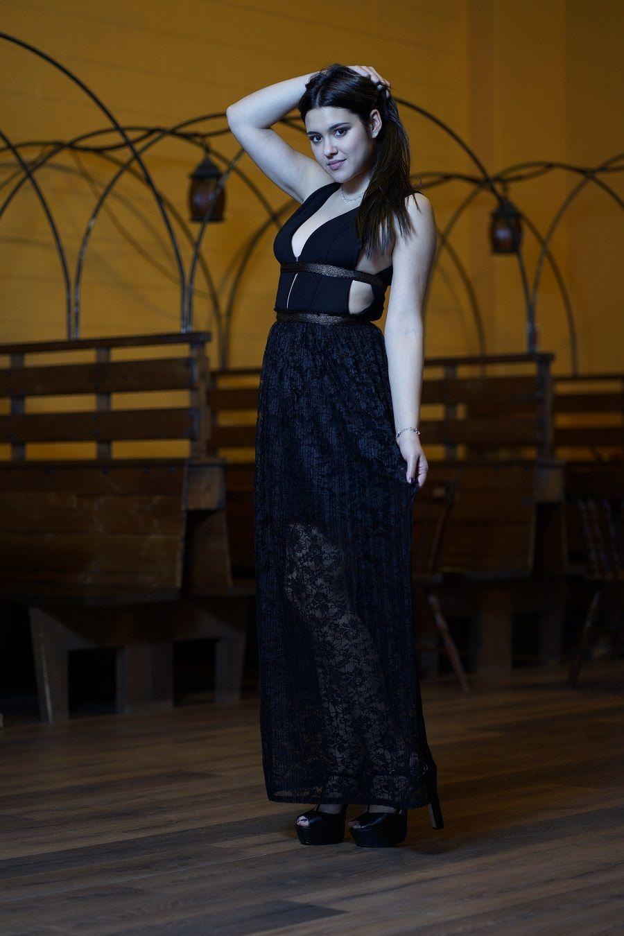 e98b6fdbea8f Il vestito nero lungo in pizzo plissettato Candy Look