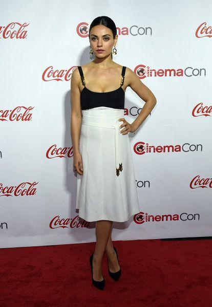 Mila Kunis in Louis Vuitton