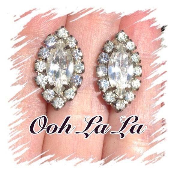 $5 VINTAGE🌹Elegant & Classy🌹Rhinestone Earrings