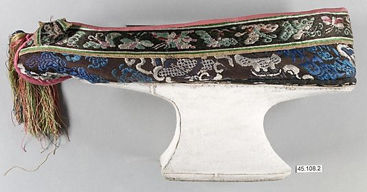 Manchu Woman's Shoe  Period: Qing dynasty (1644–1911) Date: late 19th–early 20th century Culture: China