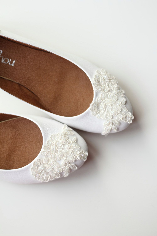 Bridal White Leather Flat Shoes Wedding Bride Engagement Special Night Size 8 Us 95 00 Via Etsy White Leather Flats Wedding Shoes Flats Leather Flat Shoes