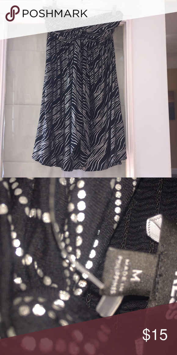 Express strapless dress Black and silver Express dress. Strapless. 95% rayon, 5% spandex Express Dresses Strapless