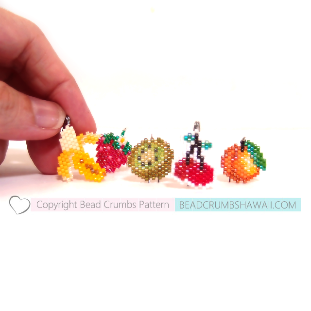 Brick stitch patterns to make a strawberry, kiwi, cherries, apricot ...