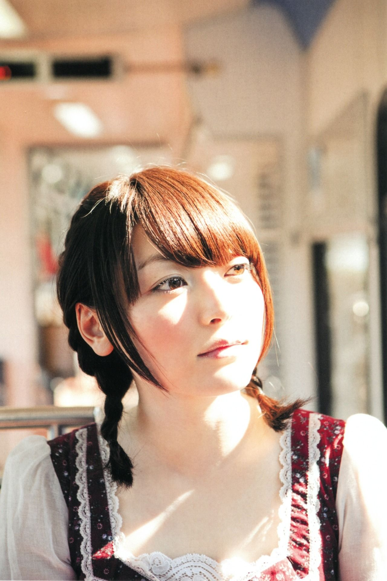 Kana Hanazawa Nude Photos 32