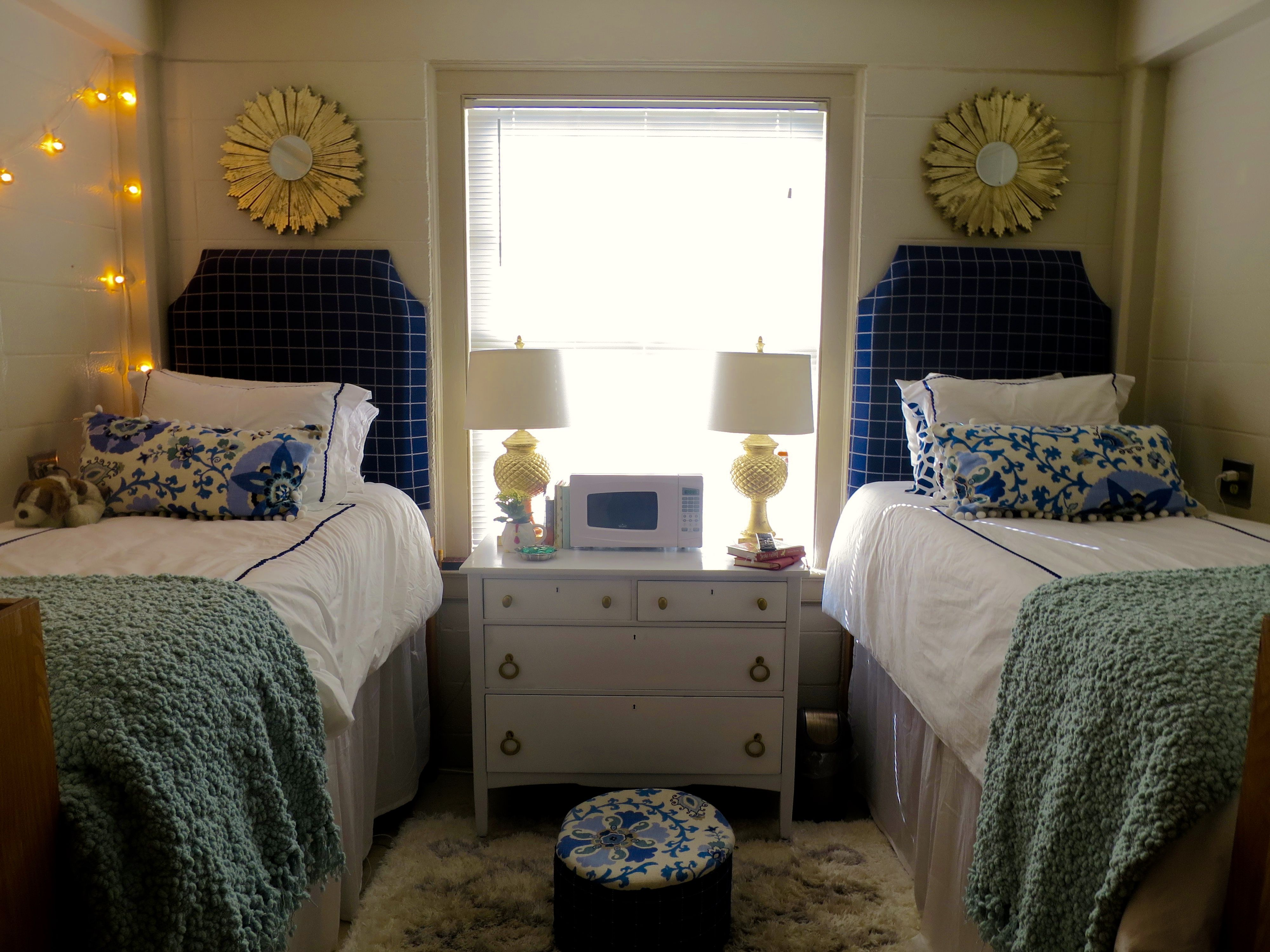 ideas for small bedroom freshman year room at samford college 15599