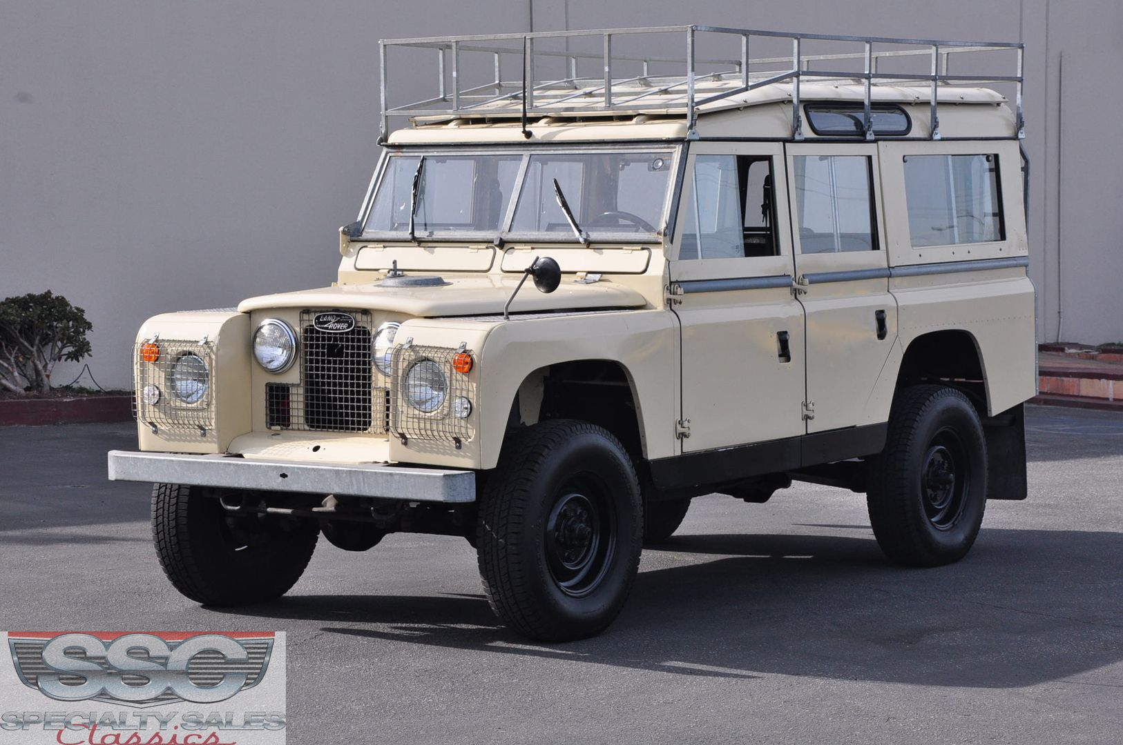 Specialty Sales Classics Land Rover Models Land Rover Defender Land Rover For Sale